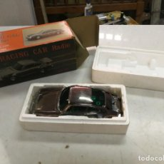 Radios antiguas: COCHE RADIO PORSCHE 911 - MODEL 3388 - AM RACING CAR RADIO EN SU CAJA CON DEFECTOS. Lote 211732395