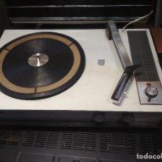 Radios antiguas: TOCADISCOS PORTATIL PHILIPS 532 PEPETO ELECTRONICA VER VIDEO Y FOTOS. Lote 211926965