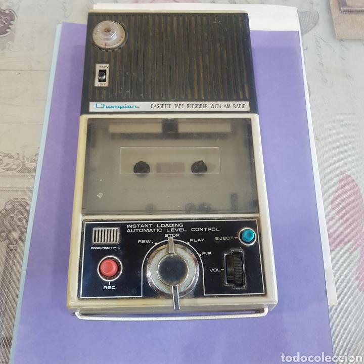 RADIOCASETE CHAMPION CASSETE TAPE RECORDER WITH AM RADIO (Radios, Gramófonos, Grabadoras y Otros - Transistores, Pick-ups y Otros)