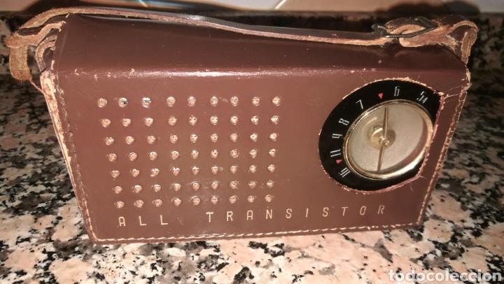 ANTIGUO RADIO TRANSITOR FUNDA CUERO (Radios, Gramófonos, Grabadoras y Otros - Transistores, Pick-ups y Otros)