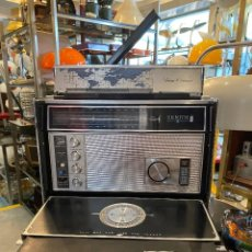 Radios antiguas: VINTAGE RADIO ZENITH ROYAL MODELO 7000-1 TRANSOCEANIC 11 DEL AÑO 1971 FUNCIONA. Lote 212608983