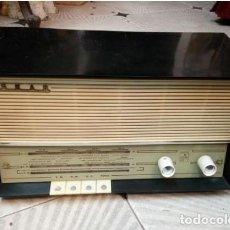 Radios antiguas: RADIO.. ASKAR.. IRUN ESPAÑA . . MOD. AE 1320 A. .AÑO 1962. . BAKELITA.. RARA. Lote 212640668