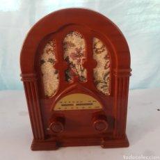 Radios antiguas: RADIO SOGO REPRODUCION RADIO CAPILLA. Lote 213383596