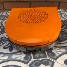 Radios antiguas: MÁS PONIENDO USMO TRAGADISCOS TOCADISCOS COMEDISCOS PICK UPS GRUNDIG PHONO BOY.. Lote 214118611