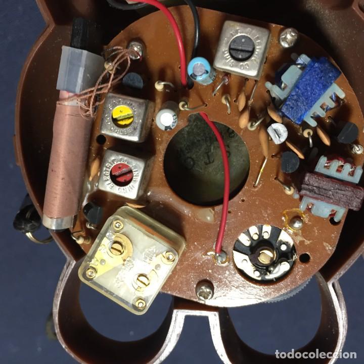 Radios antiguas: radio transistor osito con lazo hong kong 18x9x10cms - Foto 10 - 215038536