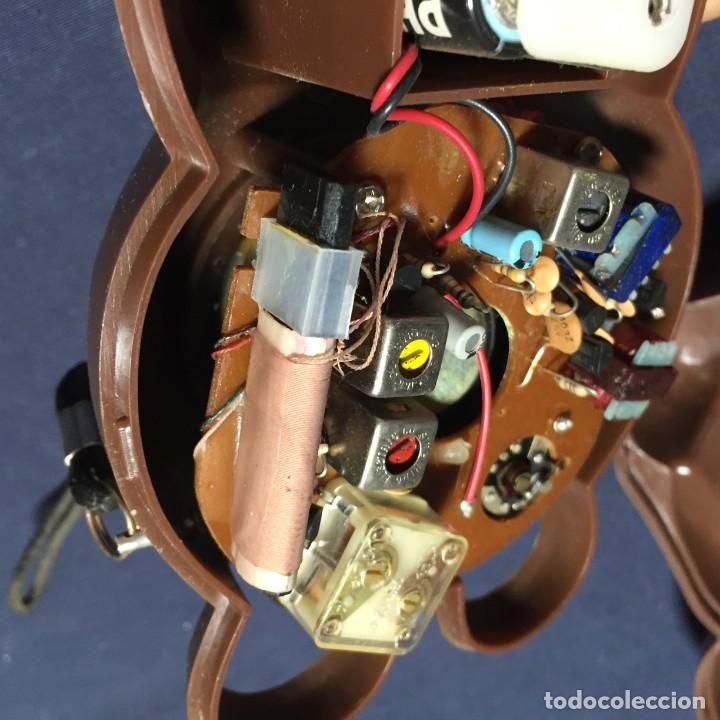Radios antiguas: radio transistor osito con lazo hong kong 18x9x10cms - Foto 12 - 215038536