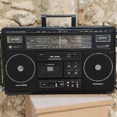 Radios Anciennes: RADIO CASSETTE GRUNDIG PROFESSIONAL RR 940. Lote 215230538