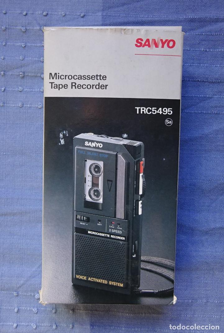 Radios antiguas: GRABADORA DE MINICASETES SANYO TRC 5495, CON FUNDA Y CAJA ORIGINAL. FUNCIONANDO - Foto 5 - 215323801