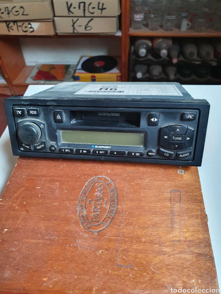 Radios antiguas: Radio cassette reversible, blaupunkt, frontal extraible, sin probar. - Foto 2 - 216954336