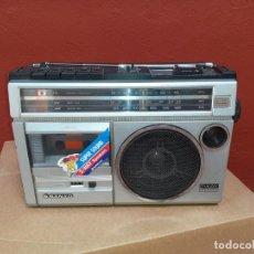 Radios antiguas: RADIO CASSETE RECORDER SANYO 2 WAY FUNCIONANDO. Lote 217055533