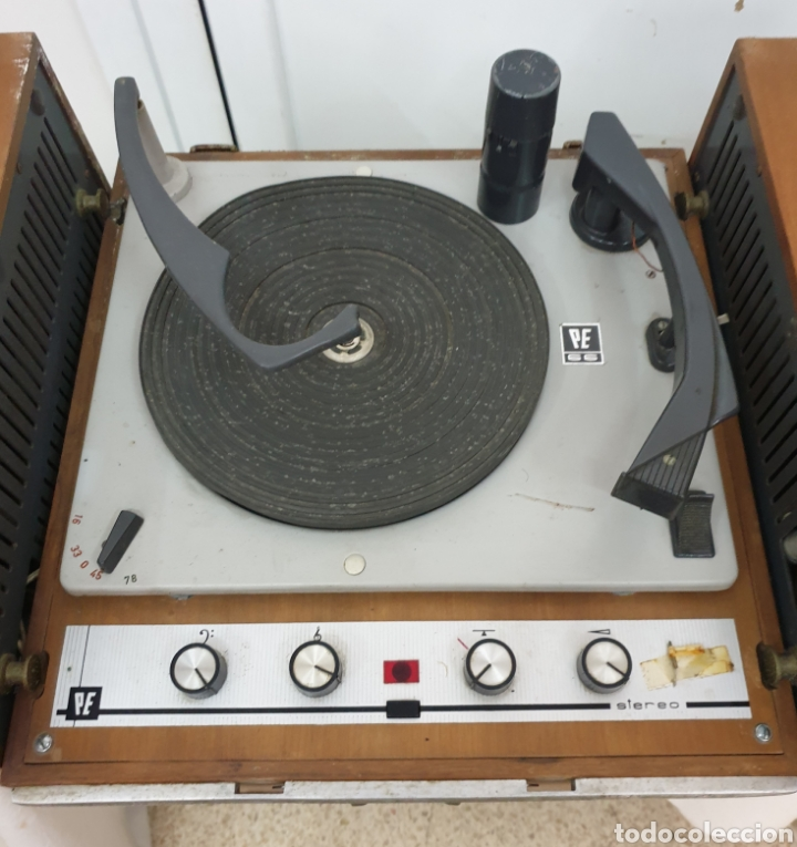 Radios antiguas: Tocadiscos Pe - Foto 2 - 217065246