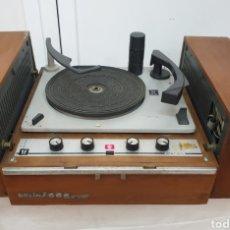 Radios antiguas: TOCADISCOS PE. Lote 217065246