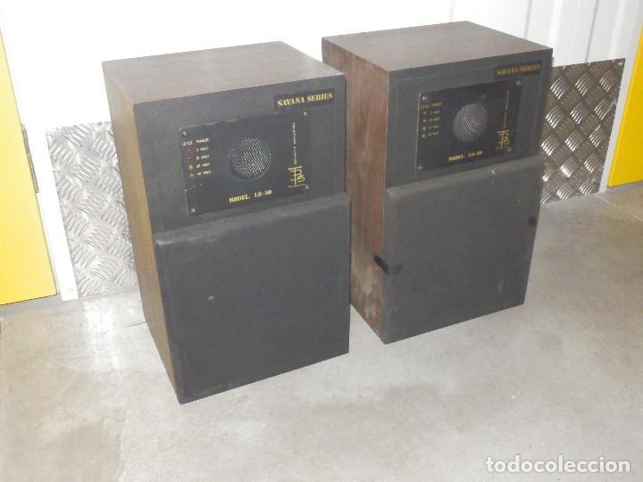 Radios antiguas: Pareja Bafles 80´s - Madera 2 altavoces cada uno - Savana LS 30 - Buen estado - 30 w. - Foto 2 - 242259405