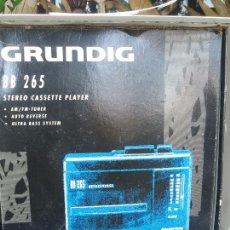 Radios antiguas: WALKMAN GRUNDIG BB 205 NUEVO EN CAJA ESTRENAR. Lote 217610045