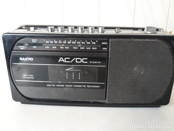 Radios antiguas: Radio cassete marca Sanyo - Foto 4 - 217924935