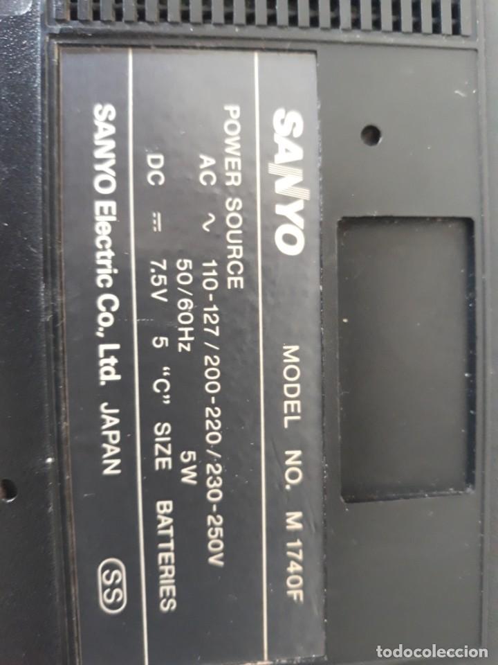Radios antiguas: Radio cassete marca Sanyo - Foto 5 - 217924935
