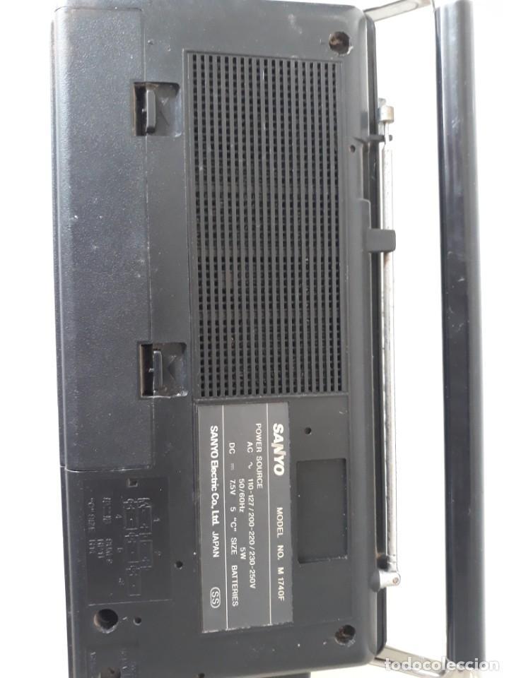 Radios antiguas: Radio cassete marca Sanyo - Foto 6 - 217924935
