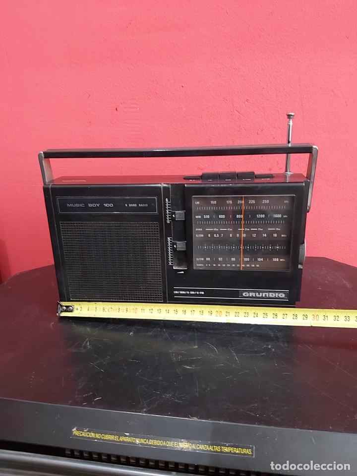 RADIO GRUNDIG ANTIGUO 30X20 CM . FUNCIONA MUY (Radios, Gramófonos, Grabadoras y Otros - Transistores, Pick-ups y Otros)