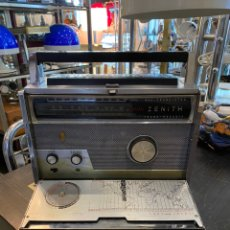 Radios antiguas: RADIO TRANSISTOR ZENITH TRASNOCEANIC MODELO ROYAL 1000 DEL AÑO 1957. Lote 220471630