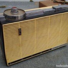 Radios antiguas: RADIO TRANSISTOR ANTIGUA MARCA LAVIS 760 MULTIPLE 6 CMS. DE ALTO X 23 CMS. DE LARGO. Lote 221647836