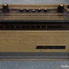 Radios antiguas: RADIO TRANSISTOR ANTIGUA PIZON BROS TRANSLITOR 750. Lote 221653575