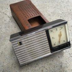 Radios antiguas: RADIO TRANSISTOR SANYO 6 TR DE LUXE. Lote 221678686