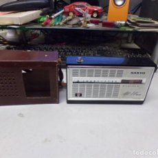 Radios antiguas: 8 TRANSISTOR RADIO SANYO ALL WAVE. Lote 221696291