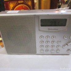 Radios antiguas: RADIO TRANSISTOR FIRSTLINE MODELO FPR 510 MEDIDA 18 X 10 X 3.5 CM. BUEN ESTADO - FUNCIONANDO. Lote 221699528