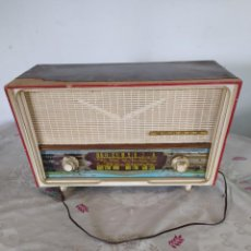 Radios antiguas: ANTIGUA RADIO YONDER PARA RESTAURAR O COMO DECORACIÓN. Lote 221881060