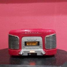 Radios antiguas: TEAC SL-D930 - RADIORELOJ . ROJO CON CD AUX . FUNCIONA PERFECTAMENTE. VER FOTOS. Lote 222148691