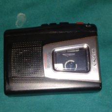 Radios antiguas: CASETTE PORTÁTIL SONY. SÓLO A PILAS. Lote 222174088