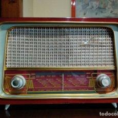 Radios antiguas: RADIO ANTIGUO RAFANSA, FUNCIONA. Lote 222301706