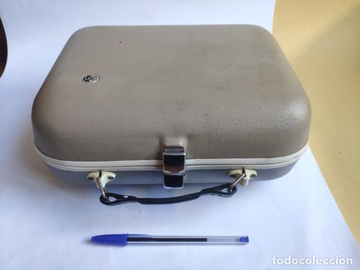 Radios antiguas: Tocadiscos - Pick-up - Made in Nueva Zelanda - Foto 2 - 222841485