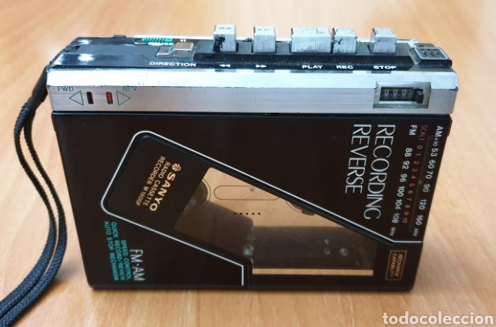 Radios antiguas: VINTAGE SANYO WALKMAN RADIO CASSETTE RECORDER M 1800F TIPO LADRILLO RARO Y UNICO!! - Foto 2 - 223963063