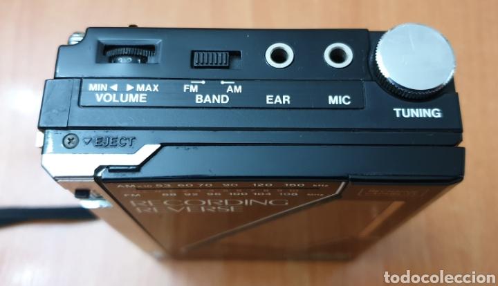 Radios antiguas: VINTAGE SANYO WALKMAN RADIO CASSETTE RECORDER M 1800F TIPO LADRILLO RARO Y UNICO!! - Foto 10 - 223963063