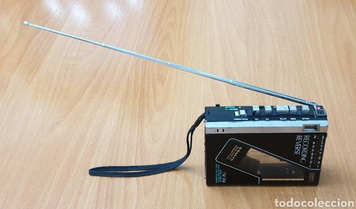 Radios antiguas: VINTAGE SANYO WALKMAN RADIO CASSETTE RECORDER M 1800F TIPO LADRILLO RARO Y UNICO!! - Foto 13 - 223963063