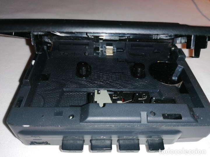 Radios antiguas: Walkman Aiwa Modelo HS-T20 - Foto 4 - 225908835