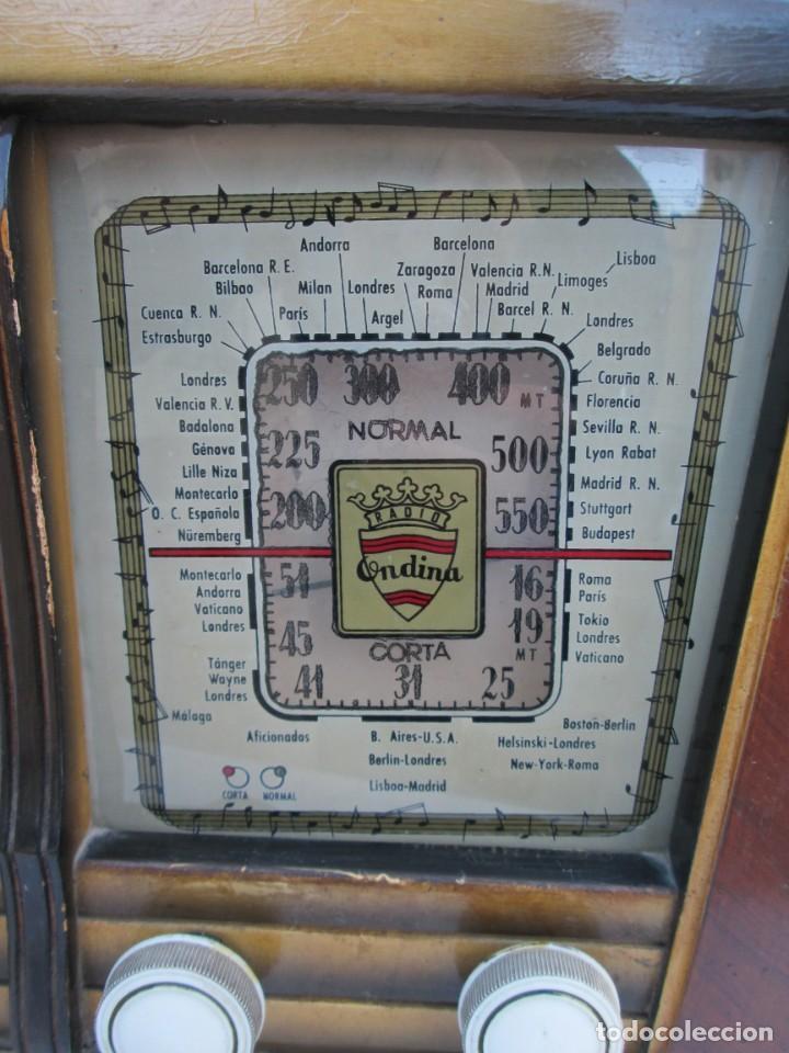 Radios antiguas: Radio de válvulas. Caja de madera Ondina - Foto 3 - 226114030