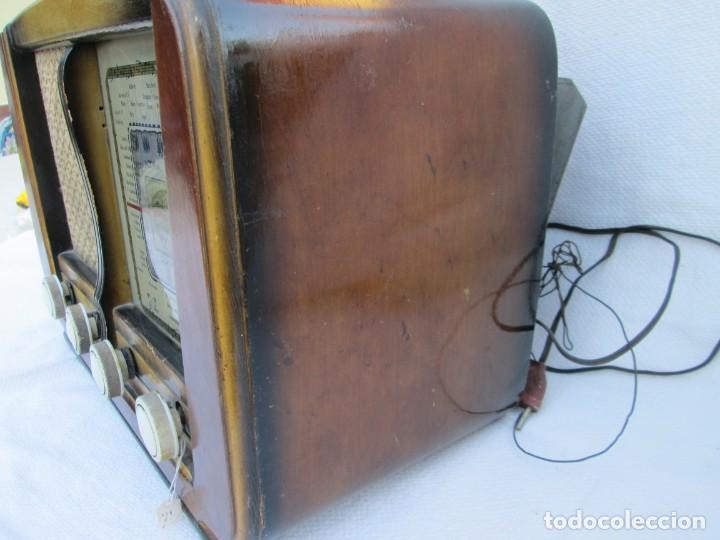 Radios antiguas: Radio de válvulas. Caja de madera Ondina - Foto 4 - 226114030