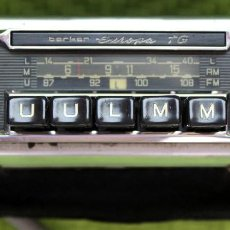 Radios antiguas: AUTORRADIO A VÁLVULAS AÑOS 60. Lote 226223713