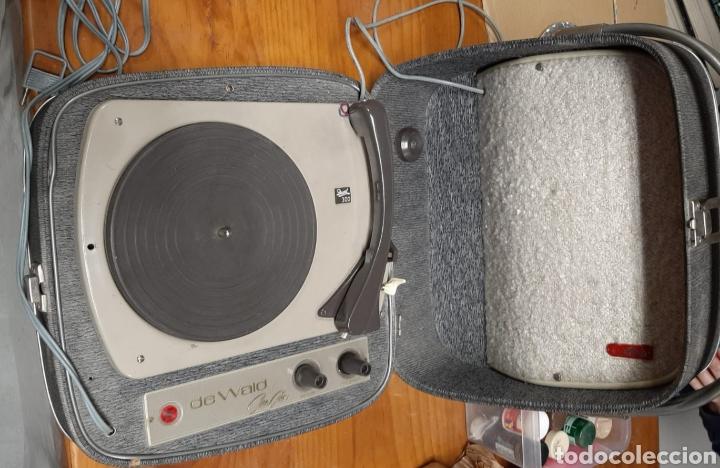 TOCADISCOS DEWALL MOD.300.AÑOS 60. (Radios, Gramófonos, Grabadoras y Otros - Transistores, Pick-ups y Otros)