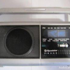 Radios antiguas: RADIO ROADSTAR 3 BAND RECEIVER. Lote 227979735