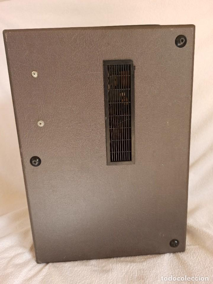 Radios antiguas: Radio - tocadiscos portátil Bettor, modelo Mark 267 - Foto 4 - 228662210