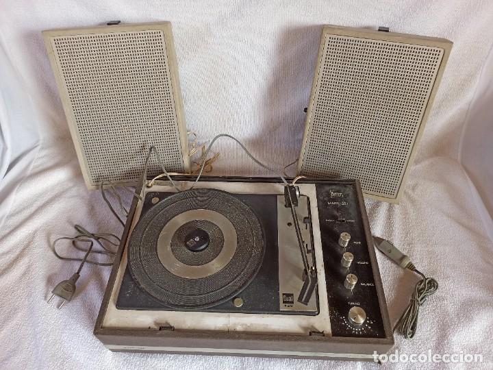 RADIO - TOCADISCOS PORTÁTIL BETTOR, MODELO MARK 267 (Radios, Gramófonos, Grabadoras y Otros - Transistores, Pick-ups y Otros)