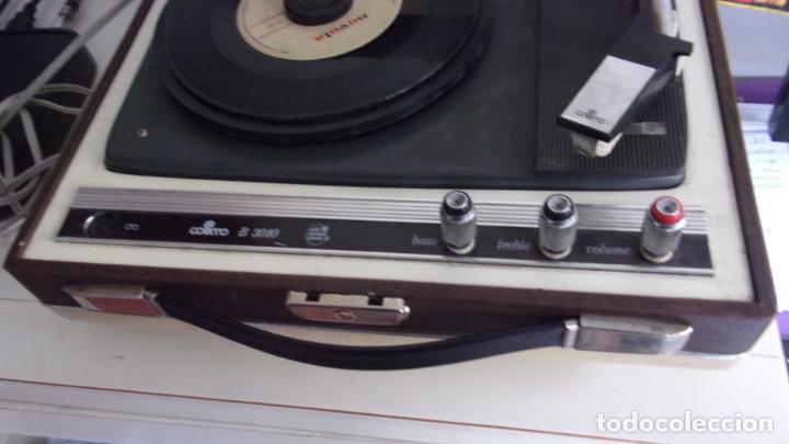 Radios antiguas: tocadiscos cosmos,años 60,funcionando,colgado video - Foto 2 - 228892090