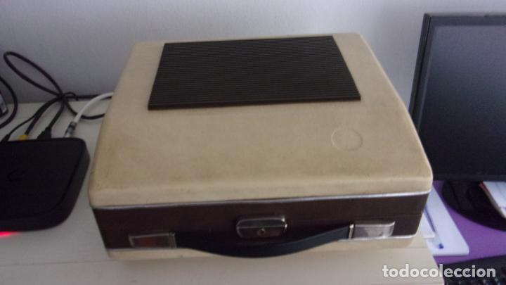 Radios antiguas: tocadiscos cosmos,años 60,funcionando,colgado video - Foto 6 - 228892090