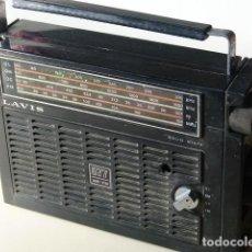 Radios antiguas: ANTIGUO TRANSISTOR RADIO LAVIS MODELO 877 AM FM 4 ONDAS MADE IN SPAIN. Lote 229502975