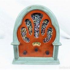Radios antiguas: RADIO CAPILLA RESTAURADA REPLICA. Lote 230418945