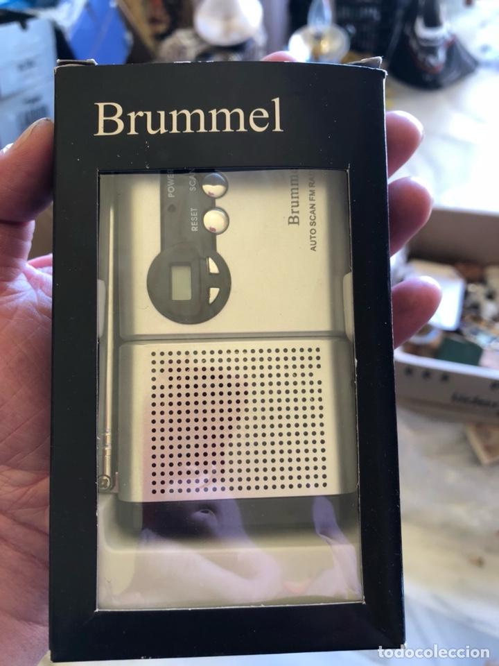 RADIO PROMOCIONAL DE LA COLONIA BRUMMEL, EN SU CAJA (Radios, Gramófonos, Grabadoras y Otros - Transistores, Pick-ups y Otros)