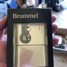 Radios antiguas: RADIO PROMOCIONAL DE LA COLONIA BRUMMEL, EN SU CAJA. Lote 231756935